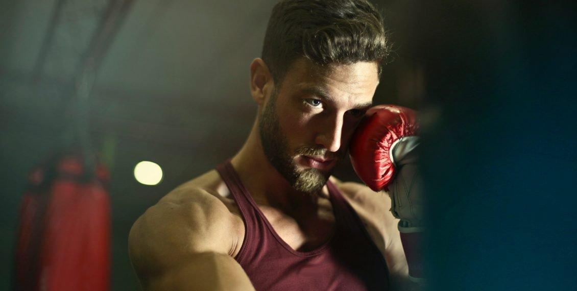 boxe combattente guantoni
